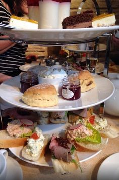 15 Bloody Delicious Afternoon Teas You Must Eat Before You Die