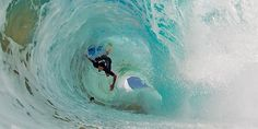 RT @SurfTV: UH-OH! See full image + more @ http://surfingchannel.tv/surf-photos/