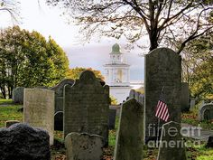 Morning on Burial Hill in Plymouth, MA - Janice Drew