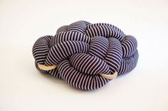 Modern Knot cushion by Knots studio