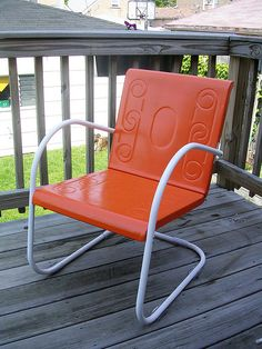 My Favorite Outdoor Chairs Of All Time Are These Vintage Metal Ones. I  Would Like To Find A Couple To Restore And Use On My Deck!