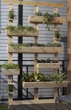 They are everywhere, wooden pallets. Why not upcyle something old into a modern vertical herb garden?