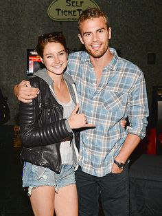 Shailene and Theo at a #Divergent screening