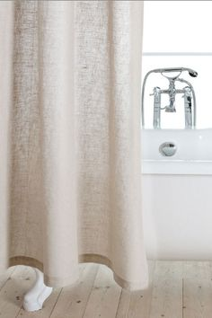 The easiest way to redecorate your bathroom in 10 seconds