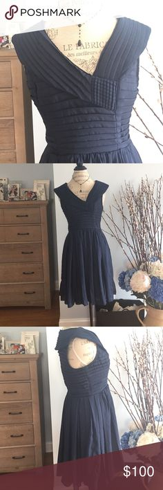 "FROCK BY TRACY REESE SILKY NAVY DRESS SIZE 8 NEVER WORN STUNNING DRESS. SIZE 8. MIDI length. Side zipper.  Not stretchy at the waist. Flattering neckline. Delicate material. Excellent condition. Bust is 18"", Waist is 14 1/2 and Length is 36"" Tracy Reese Dresses Midi"