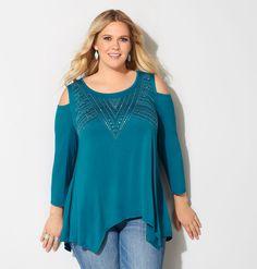 978735cb4b7 Plus size fashion clothing including tops