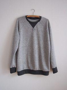 Sweatshirtausschnitt mit Dreieck