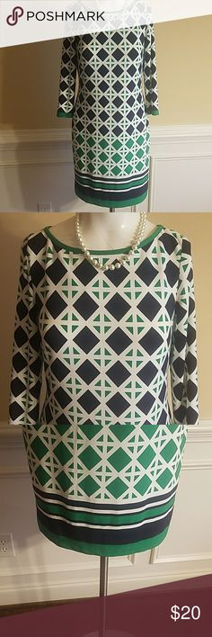 Eliza J Dress  Size 0 Eliza J Dress Size 0.  95% Polyester  & 5% Spandex Gently Worn Eliza J Dresses Midi