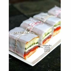 Heading out for picnic? Forget about the supermarket packed dry sandwiches. With these 10 easy picnic recipes there are no more excuses for lame and boring picnic food! Mini Sandwiches, Italian Sandwiches, Finger Sandwiches, Wedding Sandwiches, Gourmet Sandwiches, Pressed Sandwich, Strawberry Cream Cakes, Picnic Foods, Picnic Recipes