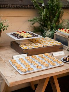 Desserts for the guests at Pippin Hill Farm & Vineyards in Charlottesville, Va Virginia Wineries, Charlottesville Va, Summer Weddings, Florals, Vineyard, Events, Make It Yourself, Desserts, Photography