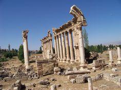 Baalbak beirut lebanon ancient ruins