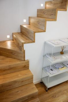 When you find yourself trying to decide upon a design and layout for your home staircase, it can be more than a bit of a challenge to pick something ple. Home Stairs Design, Interior Stairs, Home Interior Design, Staircase Lighting Ideas, Stairway Lighting, House Staircase, Staircase Remodel, Model House Plan, Modern Stairs