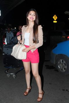 Gauhar Khan - Bigg Boss 7 Contestant. #Bollywood #Style #Fashion