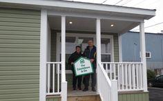 Welcome home Aaron & Ellen! Congratulations! 🏡🔑