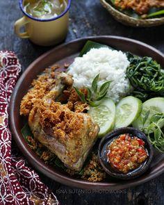 Nasi Bakar, Thai Restaurant, Indonesian Food, Soul Food, Food Photography, Food And Drink, Yummy Food, Ethnic Recipes, Foods