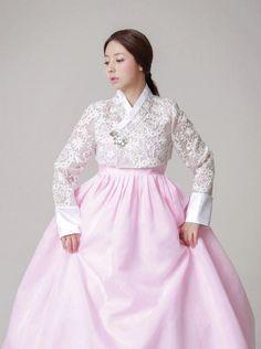Korean Fashion – How to Dress up Korean Style – Designer Fashion Tips Korean Fashion Kpop Bts, Korean Fashion Trends, Korean Outfits, Asian Fashion, Fashion Styles, Korean Traditional Clothes, Traditional Fashion, Traditional Dresses, Korea Dress
