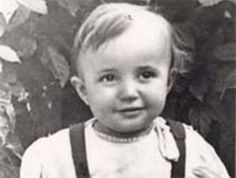 Gregory, son of Haim and Feiga Shehtman, was born in Kiev, Ukraine in 1934.  In September 1941, Gregory was taken to Babi Yar, a ravine just outside Kiev, and murdered.