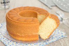 Ciambella alla panna montata Torte Cake, Cake & Co, Sweets Recipes, Cake Recipes, Cooking Recipes, Italian Desserts, Italian Recipes, Cookie Desserts, Just Desserts