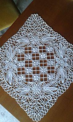 A - Salvabrani Needle Lace, Bobbin Lace, Lace Embroidery, Embroidery Stitches, Irish Crochet, Crochet Lace, Romanian Lace, Japanese Crochet, Types Of Lace