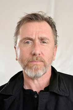 Tim Roth as Peter Knox Tim Roth, Herren Outfit, Lie To Me, A Star Is Born, I Cant Even, Hollywood Stars, Male Beauty, Gorgeous Men, Make Me Smile