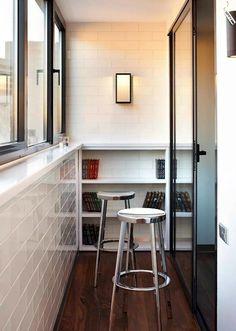Барная стойка на балконе.