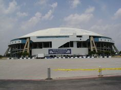 Dallas cowboy stadium (the old one)