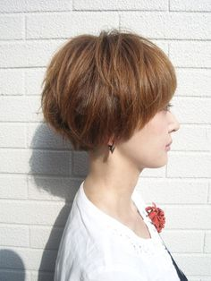 Edgy Short Hair, Long To Short Hair, Medium Short Hair, Short Hair Cuts, Medium Hair Styles, Stacked Haircuts, Short Bob Haircuts, I Like Your Hair, Cut My Hair