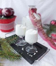 Glass Of Milk, Vodka, Food And Drink, Cooking Recipes, Table Decorations, Drinks, Desserts, Celebration, Drinking