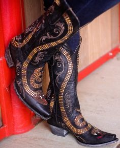 Rivertrail Mercantile - Old Gringo Snake Boots, $800.00 (http://www.rivertrailmercantile.com/old-gringo-snake-boots/)