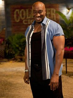 Michael Clarke Duncan in The Finder: An Orphan Walks Into a Bar African American Movies, Character Bank, Orphan, Great Movies, Gay Pride, Dark Fantasy, Comedians, Body Care, Movie Stars