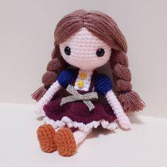 수아 다소곳하게 잘앉아있는 수아양ㅎ 하나 더 해볼까나... . . . . #crochet#amigurumi#뜨개질#haken#by_me#crochetlove#wool#craft#yarn#ilikeit#ganchillo#ilovecrochet#pattern#adorable#custom#손뜨개#취미#crochetdoll#코바늘인형#인형#sua#핸드메이드#instacrochet#doll#toy#handmadedoll#crocheted#dollstagram#handmade by ribet58