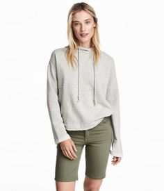 Twill Shorts | Khaki green | Women | H&M US, $18