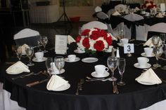 Elegant Black and White B'Nai Mitzvah table