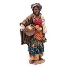 Mujer de pie con cántaros 30 cm Angela Tripi   venta online en HOLYART