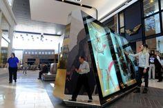 Un nouveau centre commercial Westfield se dote d'écrans interactifs