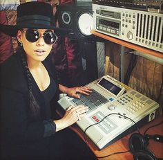 Alicia Keys & MPC 3000
