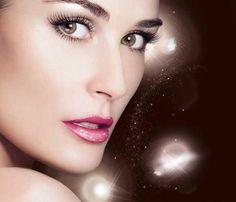 Para salir en la #noche te damos unos consejos de #maquillaje express: http://www.superchevere.com/belleza/maquillaje-express-para-la-noche/