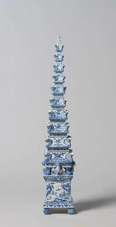 Pyramid Vase, Delft l Bloempiramide van Delfts aardewerk, anoniem, 1690 - 1720