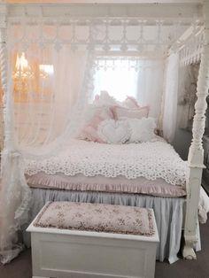 definitely a girly-girl bedroom :)