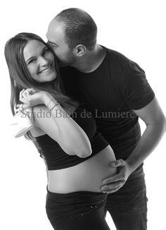 Futur Parents, Shooting Photo, Html, Paris, Couple Photos, Couples, Pregnant Wife, Photo Shoot, Photography