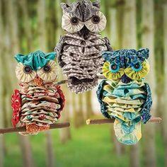 Yo Yo Owl Sewing Pattern Get the pattern http://www.bookdrawer.com/go/yo-yo-owls-sewing-pattern/