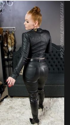 Leather Trousers, Leather Gloves, Thigh High Boots, High Heel Boots, Latex Pants, Leder Outfits, Leggings, Leather Fashion, Silhouette
