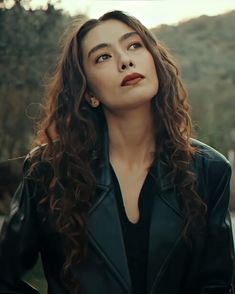 Turkish Women Beautiful, Turkish Men, Turkish Fashion, Turkish Beauty, Turkish Actors, Girl Pictures, Girl Photos, Long Hair Drawing, Ghost Photography