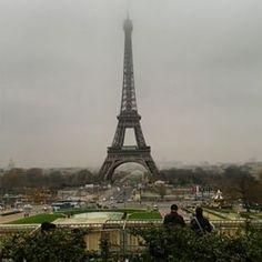 @janettesvn Instagram photos | #Feetonthegroundheadintheclouds #TourEiffel #EiffelTower #greyskies #misty #classictouristview #Paris #Parisjetaime #instaparis #igersparis