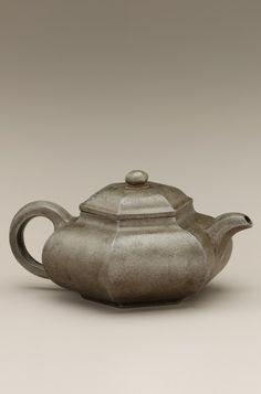 Chinese Art | Yixing ware Hexagonal teapot | F1939.62a-b