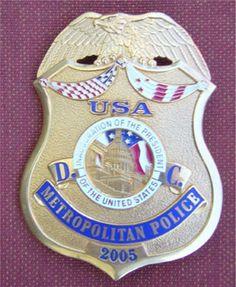 Washington DC Metropolitan Police Badge #washington CrazyWashington.com @TheCrazyCities Police Dogs, Military Police, Police Officer, Law Enforcement Badges, Federal Law Enforcement, Car Badges, Police Badges, Fire Badge, Police Uniforms