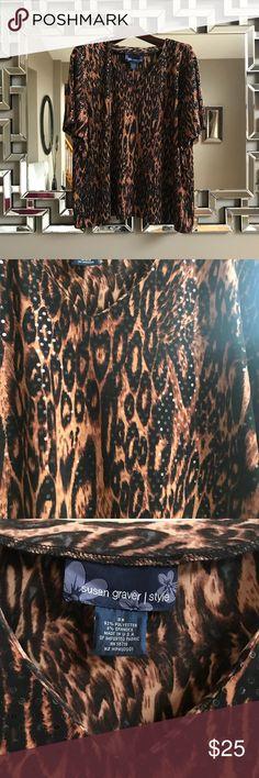 Plus Size Susan Graver Blouse from QVC, Sz 3X! Plus Size Susan Graver Style from QVC!! Sz 3X! Looks Brand New!!  Sparkles and Glows as light hits the sequins, Gorgeous!! Susan Graver Tops Blouses
