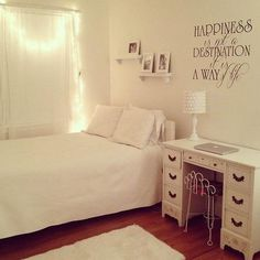 Love the wall decal. And the lights.