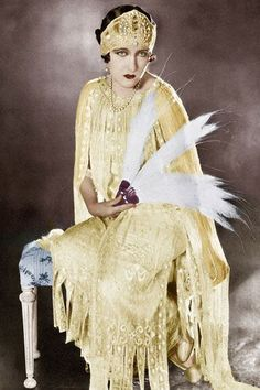 GLORIA SWANSON Arguably the '20s biggest star and Hollywood's first true 'diva', Gloria Swanson was probably more famous for her trend-setting haute couture and astronomical studio riders, which included a gold-plated bathtub, than for her acting.