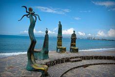 "Wallpaper "" Esculturas Malecon Puerto Vallarta"""